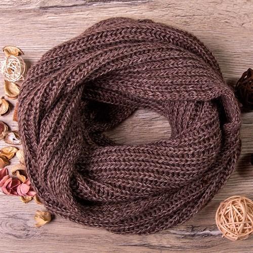 Снуд, плетение косичкой, коричневый