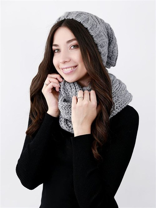 Шапка женская удлиненная, вязка елочкой + снуд крупной вязки, серый